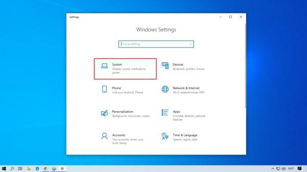 pilih menu system pada setting windows 10